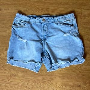 Seven  Light Blue Weekend Shorts Size 16 Stretchy